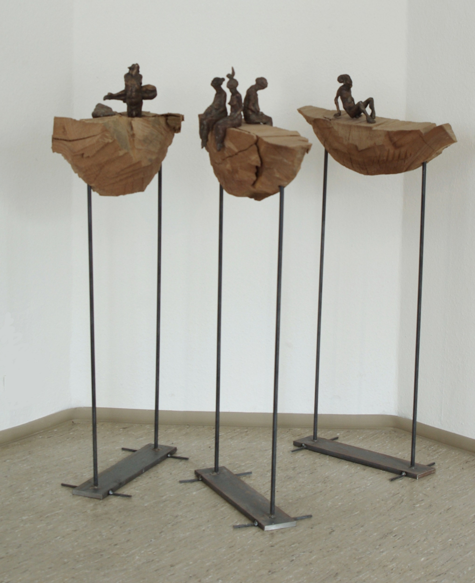 boote-Bronze/Ulmenholz/Eisen-3teilig, Gesamtansicht -h ca.120cm