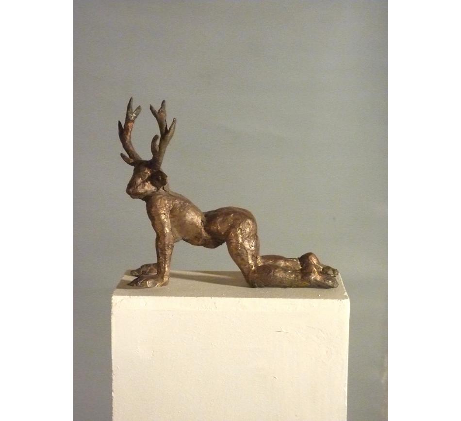 22.Hirschfrau-Bronze h 11cm mit rand
